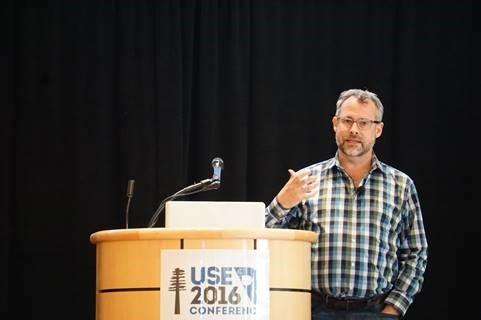 David Smith von Revolution Analytics über das R-Initiativen von Microsoft.