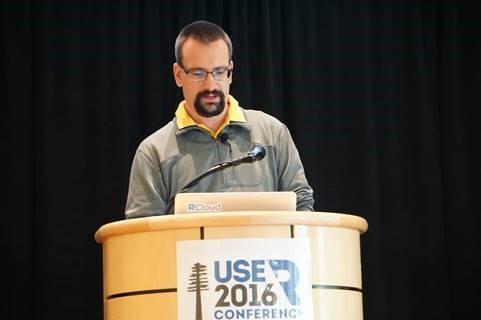 Simon Urbanek während seiner Präsentation zum Thema RCloud