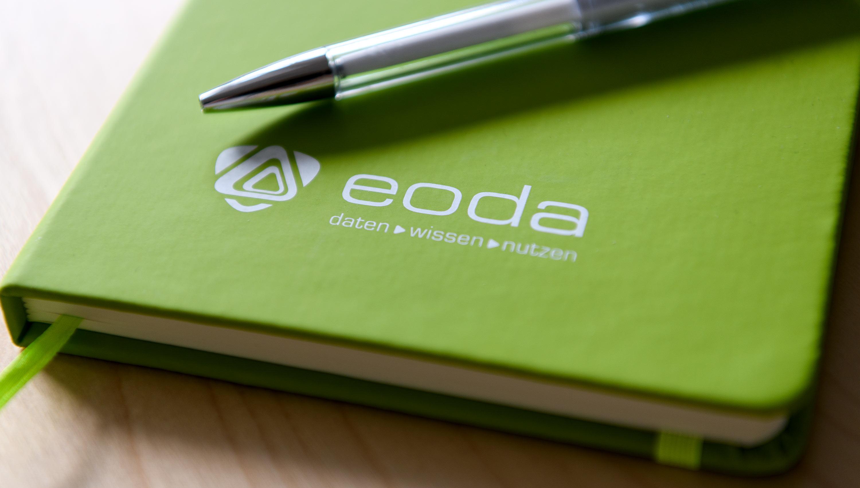 eoda Logo auf Notizbuch