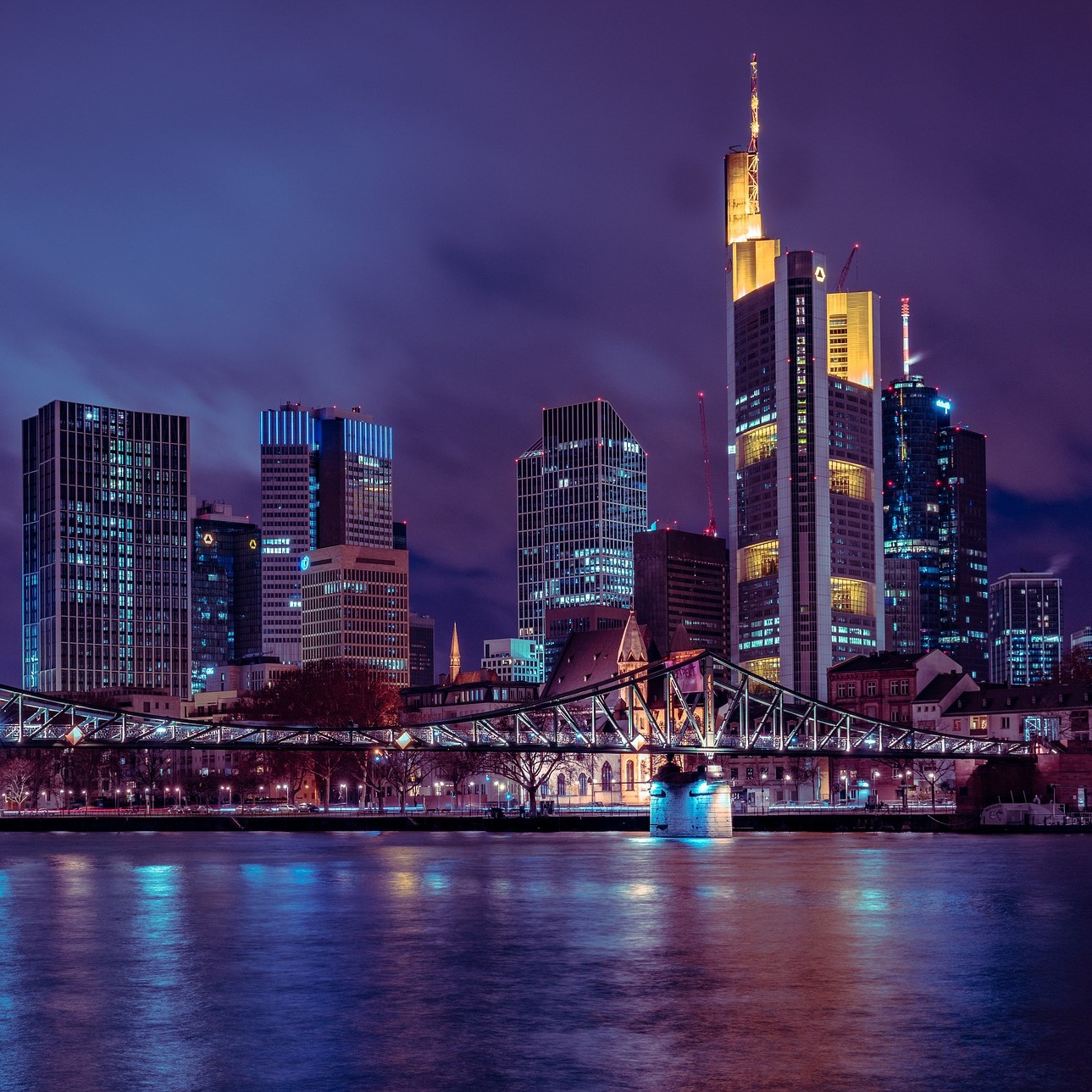 Ei Gude! – Data science courses with R in Frankfurt