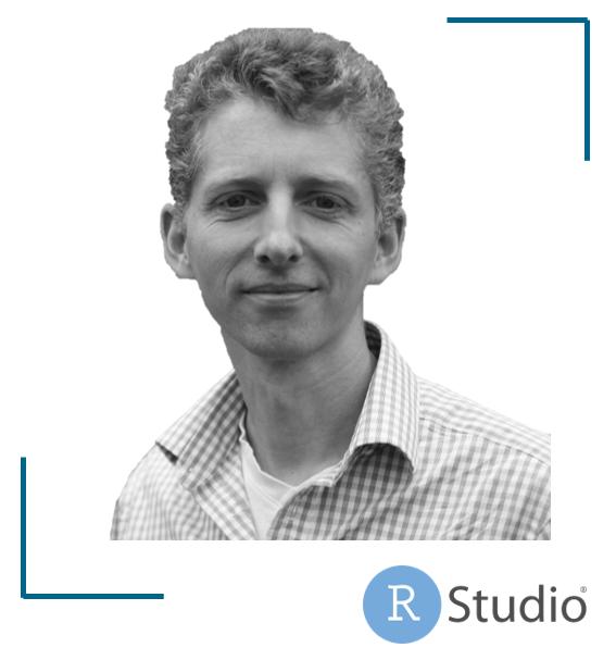 Portraitbild von Ralf Stubner mit Logo von RStudio